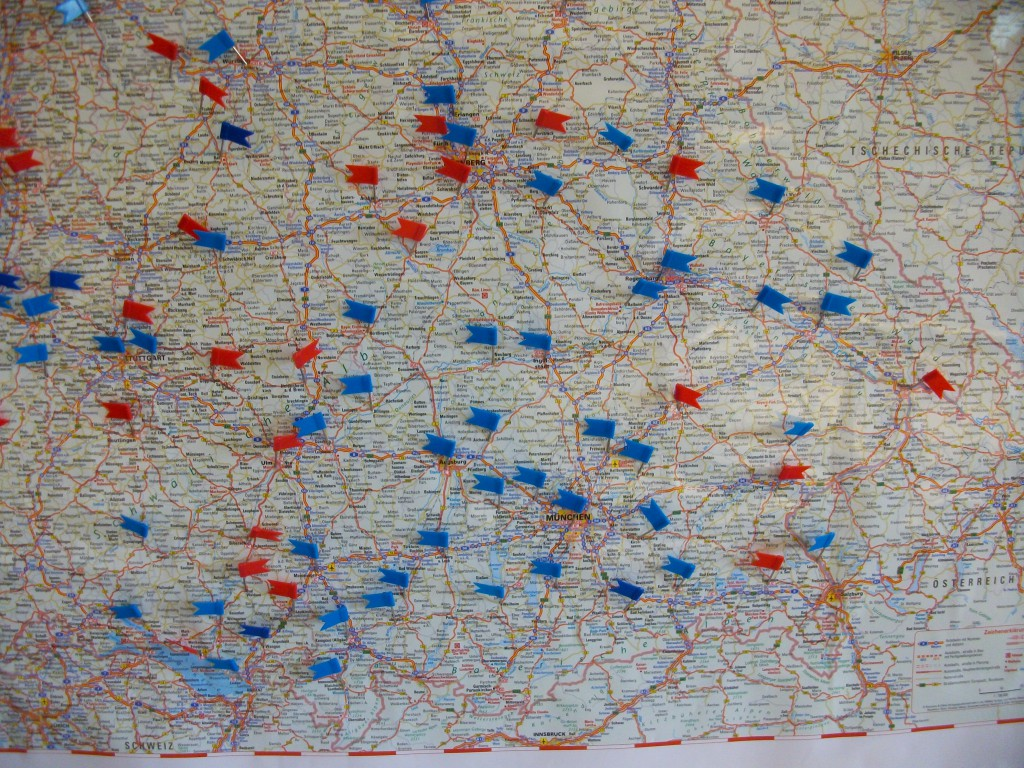 Südbayern Verbreitung Stand Juni 2015 blau: WW eingeführt/ rot: Interesse am WW